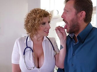 Ddf busty sara jay busty doctor rides patients cock XXX