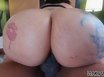 Whoa boyz queen rogue big ass milf fucks a bbc