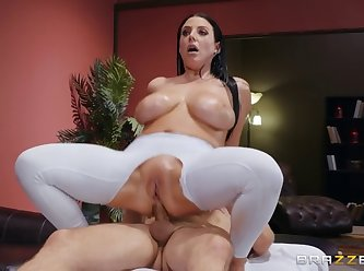 Dirty masseur angela white assentia oil XXX