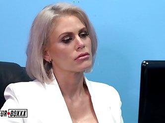 Amateurboxxx Casca Akashova Big Tits Boss Casca Is Prog