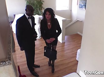 Cheating Business Women Teri Fucked By Strong Bbc 720