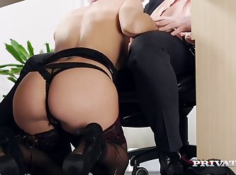 Julia Roca Has Her Hairy Pussy Pounded In The Office 480 1